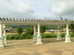 Luwalhati Bayside Park